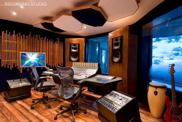 GeeJamStudios_controlroom1.jpg