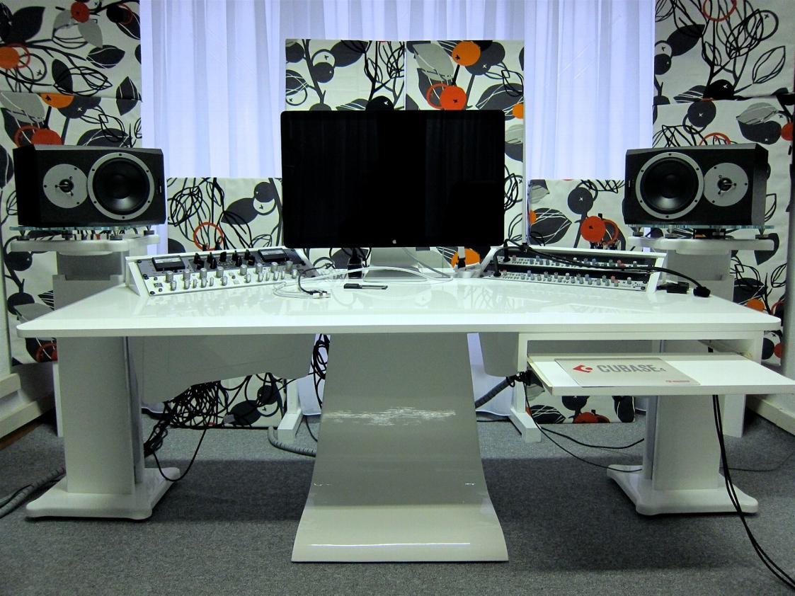 home-zaor-recording-studio-furniture.jpeg